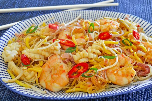 Stir-Fried Seafood Noodles